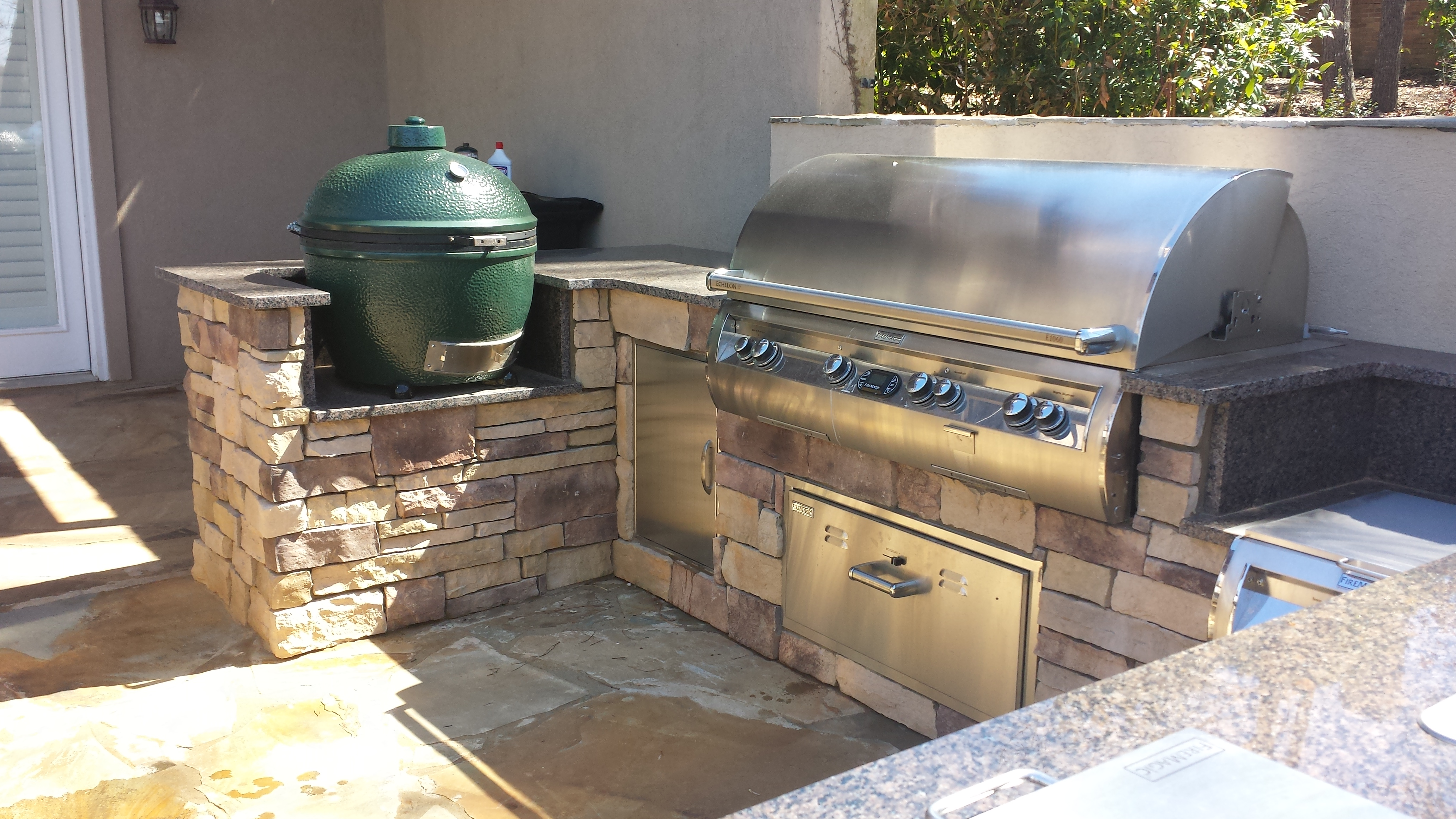 Outdoor kitchens atlanta ga mcdonough marietta for Outdoor kitchen grill cabinets